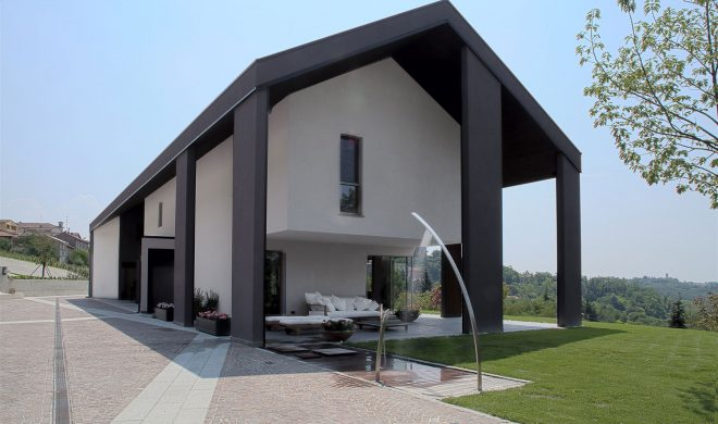 Casa; legno; a telaio