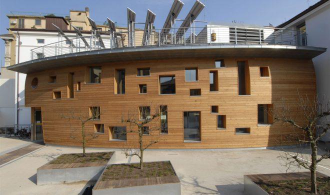 banca legno; tetto giardino; a pannello